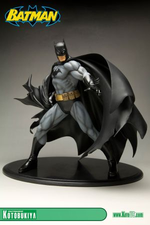 DC COMICS BATMAN BLACK COSTUME VER. ARTFX STATUE