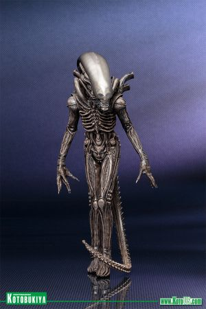 "ALIEN MOVIE XENOMORPH ""BIG CHAP"" ARTFX+"