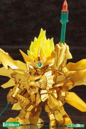 BRAVE KING GAO GAI GAR FINAL ~ GENESIC GAO GAI GAR THE GOLDEN DESTROYER D-STYLE PLASTIC MODEL KIT