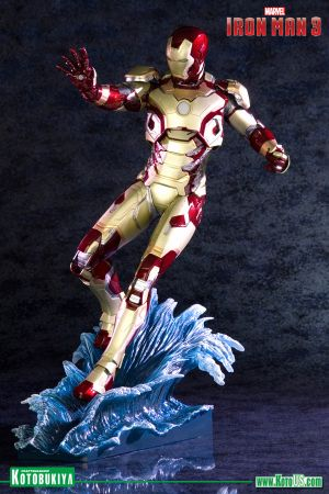 MARVEL IRON MAN 3 ~ IRON MAN MARK 42 ARTFX STATUE