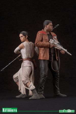 STAR WARS The Force Awakens -  REY AND FINN ARTFX+