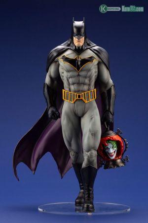 BATMAN: LAST KNIGHT ON EARTH BATMAN ARTFX STATUE