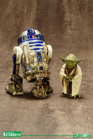 STAR WARS YODA & R2-D2 DAGOBAH TWO PACK ARTFX+
